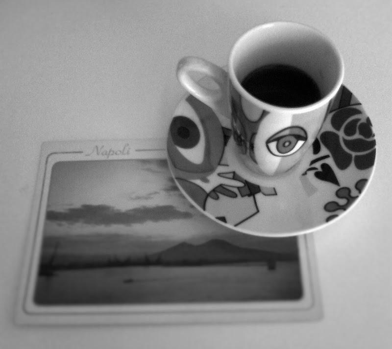 mi consiglio con don Raffae' mi spiega che penso e bevimm'ò cafè. di vanyb