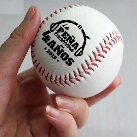 Imagen que contiene béisbol, juego atlético, deporte, persona  Descripción generada automáticamente