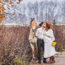 Wedding photographer Tatyana Ryzhikova (Tato4ka). Photo of 23.11.2014