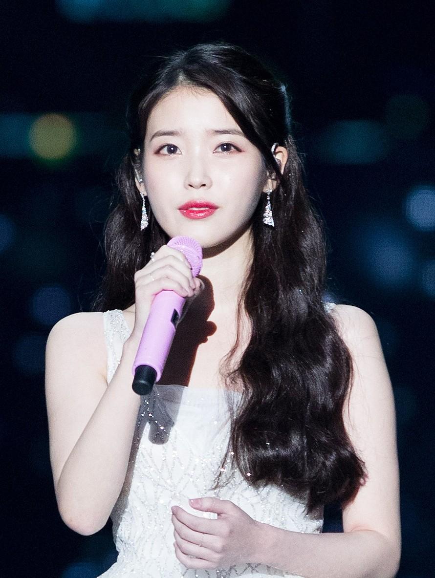 IU_MelOn_Music_Awards_2017_03