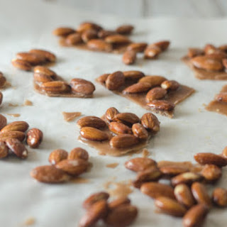 5 Minute Low-Carb Candied Nuts (Sugar-Free, Keto).
