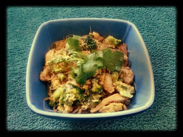 Thai Stir Fried Noodle (pad See Ew)