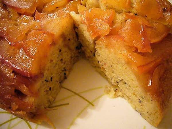 Apple Poke Cake Recipe