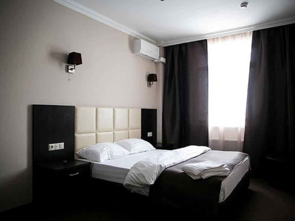 Hotel Marton