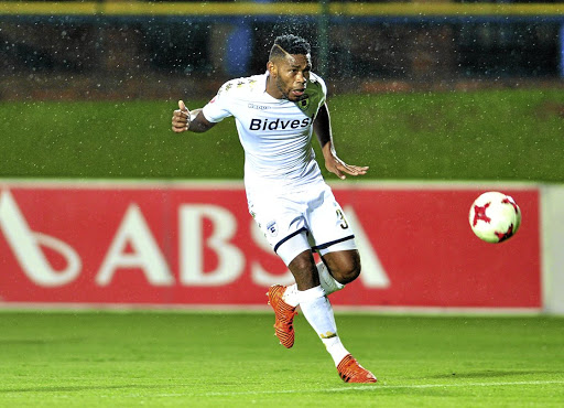 Pirates have been rumoured to be after the signature of Thulani Hlatshwayo.