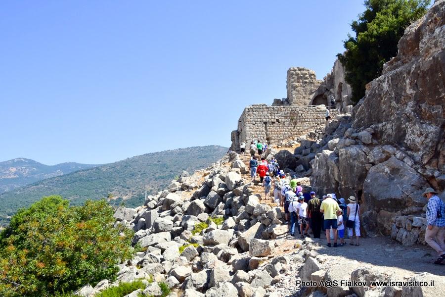 Экскурсия в крепости Нимрод. Северо-западная башня - форт.
