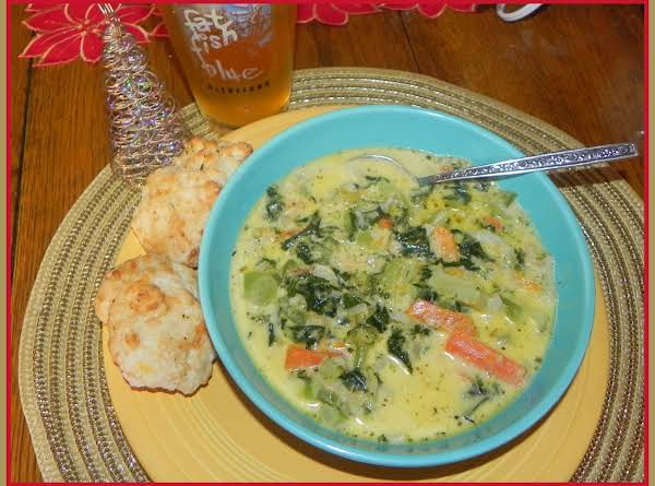 Northern Cheesy Florentine Soup