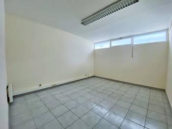 Divers 10 pièces 200 m2
