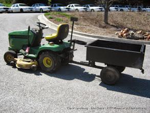 "Photo: Lot 37 - (1/1) - John Deere LX 277 - 48"" Riding Mower"