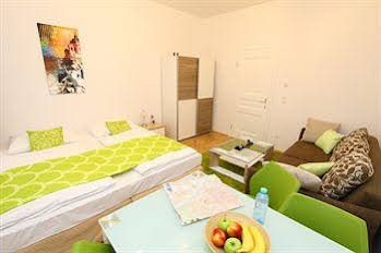 CheckVienna – Apartment Stumpergasse