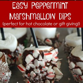 Peppermint Marshmallow Dips for Hot Chocolate {Great Gift Idea!}
