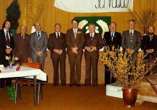 Photo: Servatius 75 jaar -  7 leden van verdienste worden gehuldigd vlnr. S.Tuiten - J. Bijl - T. Verhoeven - K. v Kekum - Post -G. de Bruijn - G. v/d Vliet - T. Tromp - J.  v Versteeg