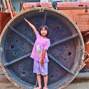 JAM BELONG by Hendrianto YAP 叶 长 財 - Babies & Children Children Candids ( pwcclocks-dq )
