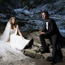 Wedding photographer Adrian Rusu (AdrianRusu). Photo of 07.08.2017