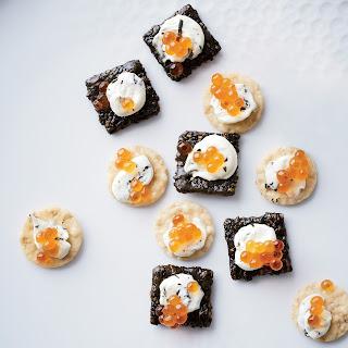 7-Minute Salmon Caviar Sushi Bites