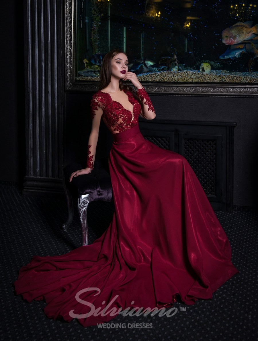 Вечернее платье со шлейфом оптом от Silviamo