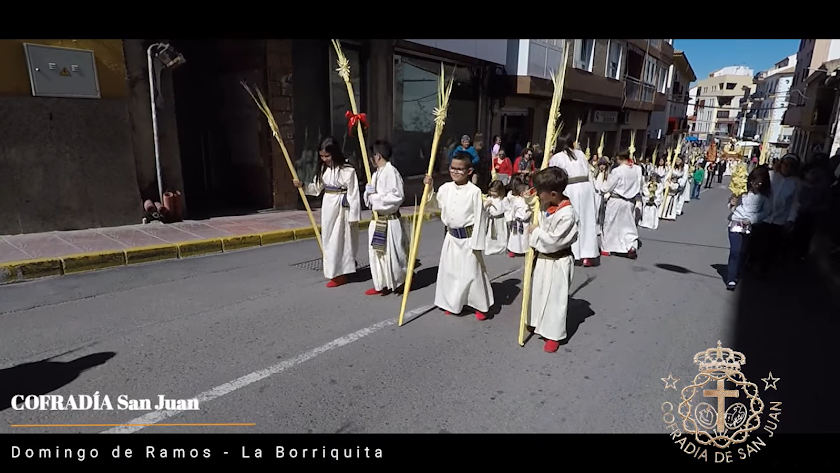 """Instantánea de un vídeo de la procesión de \""""La Borriquita\"""" en años precedentes."""