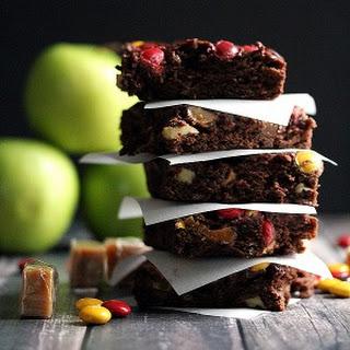 Caramel Candy Apple Brownies