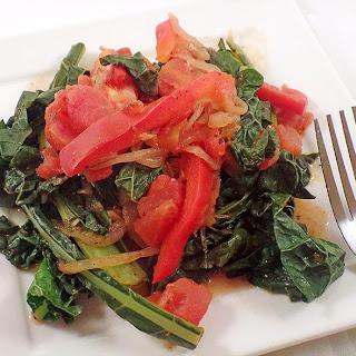 Kale Pasta Recipe in Sweet Tomato Sauce (Vegan)