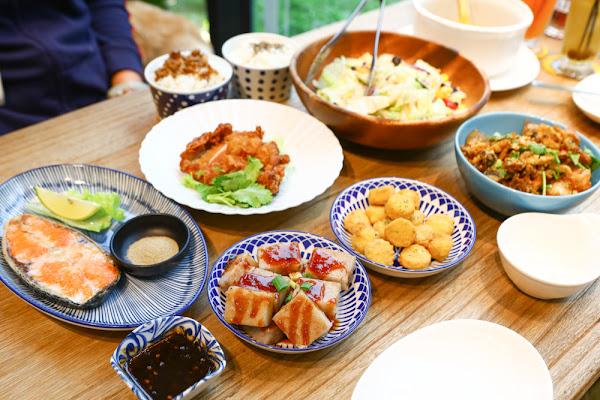 宜蘭美食、寵物友善餐廳|好2食堂。熱炒店、特調飲料、鬆餅、蜜糖吐司、IG網美打卡咖啡廳
