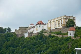Photo: Twierdza Oberhaus. Jej budowa, którą rozpoczął w 1219 roku biskup Ulrich II, trwała do XIX wieku.