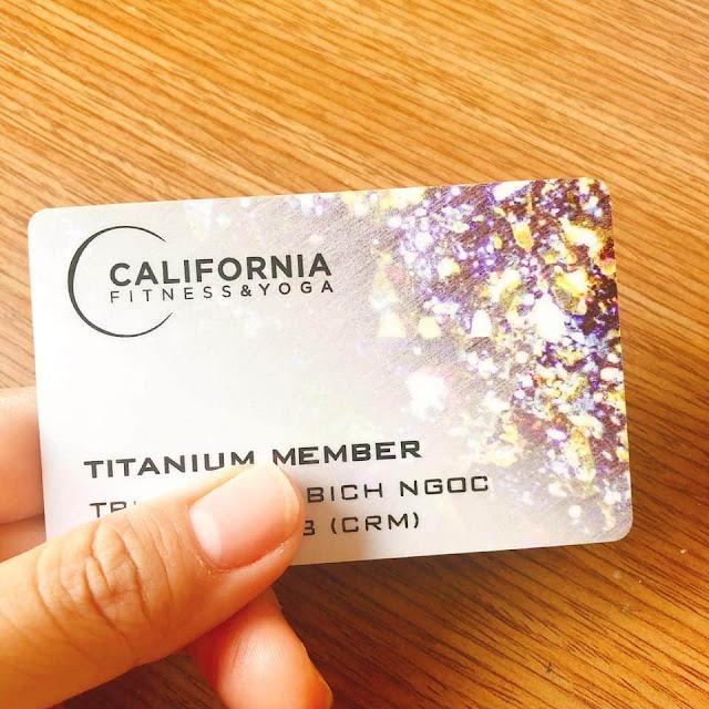 Thẻ titanium