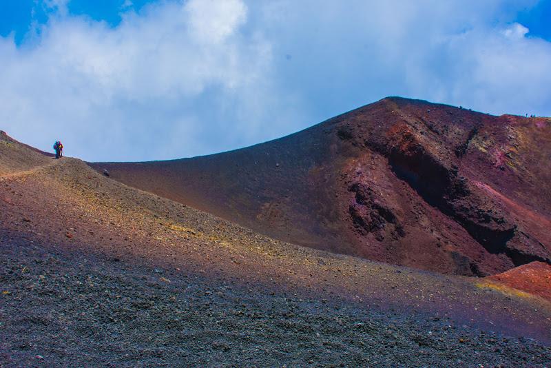 Sulla cima del cratere di Maria Luisa