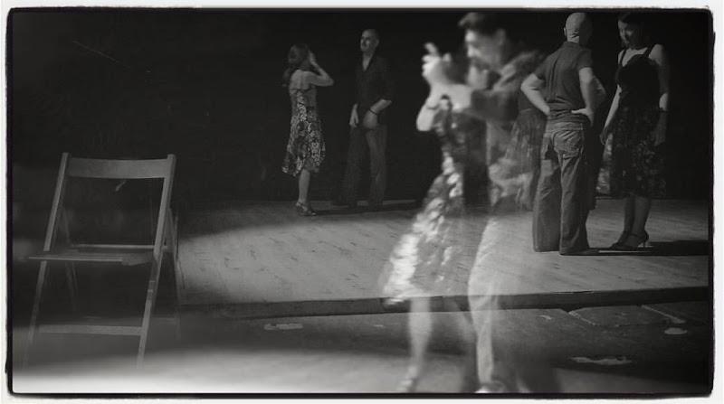 Tango y fantasmas di BrunellaSaccone
