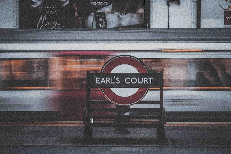 |EARL'S COURT| di iza_maz