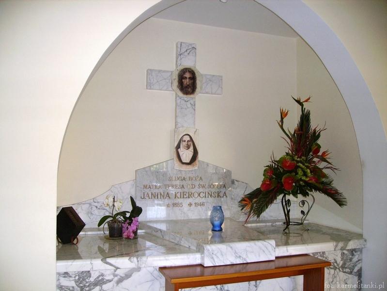 Sarkofag Czcig. Sł. B. Matki Teresy Kierocińskiej