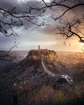 L'alba di Civita di maxlazzi