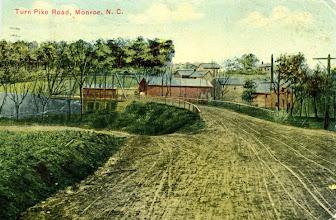 Photo: Circa 1910. NC Postcard Collections.