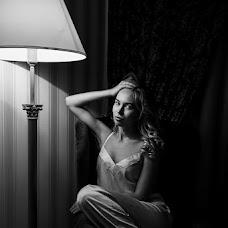 Wedding photographer Vladlena Polikarpova (Vladlenka). Photo of 12.10.2017