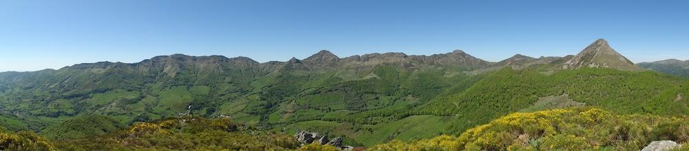 Photo: Depuis le sommet du Puy de l'Uslade 1498 m
