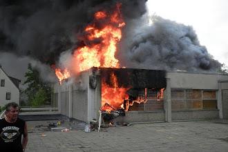 Photo: Brandausbruch am Nordwestteil der Turnhalle