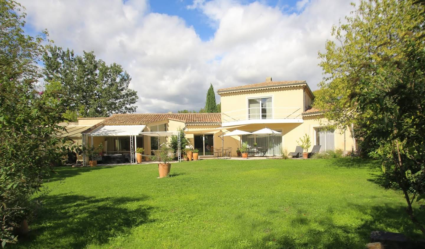 House with pool and terrace Vaison-la-Romaine