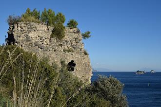 Photo: Torre di Recommone con Vetara e Li Galli sullo sfondo a dx