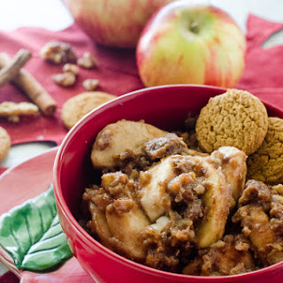 Slow Cooker Apple Gingerbread Crumble #SundaySupper.
