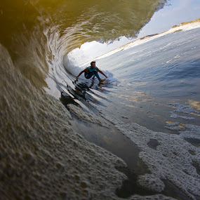 Jd dropping in deep by Dave Nilsen - Sports & Fitness Surfing