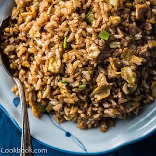 Soy Sauce Fried Rice (酱油炒饭).