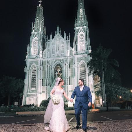 Wedding photographer Ueliton Santos (uelitonsantos). Photo of 25.07.2017