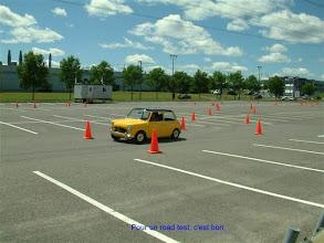 Photo: Une petite Anglaise sur le circuit