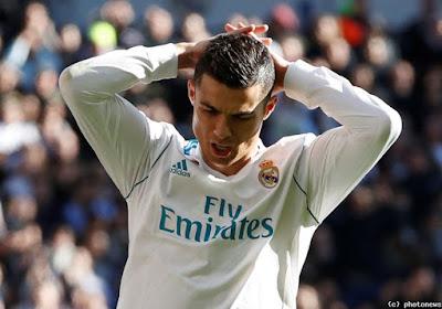 ? Aïe, aïe, aïe ! Voici le douloureux raté de Cristiano Ronaldo qui fait penser à Teodorczyk !