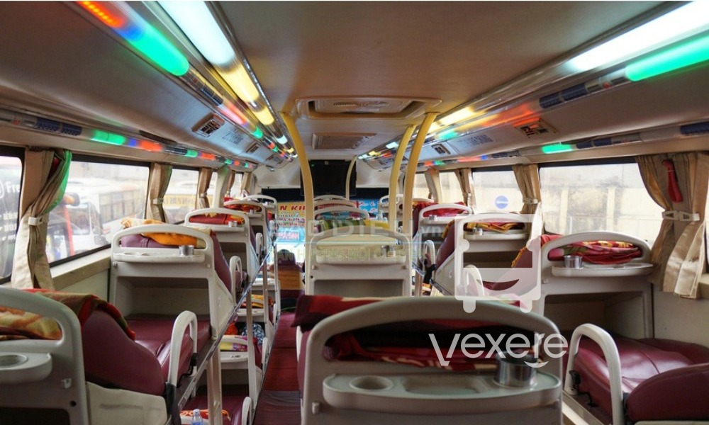 Nội thất xe Việt Tân đi Đà Lạt từ Kon Tum