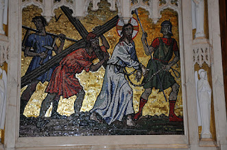 Photo: Fifth station: Simon of Cyrene helps carry the cross