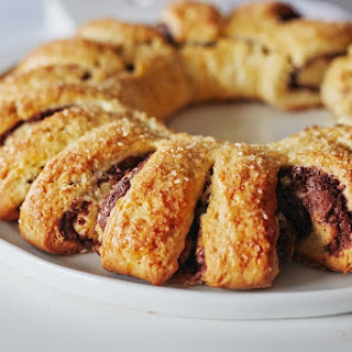 How to Make a Pull-Apart Rugelach Ring Recipe