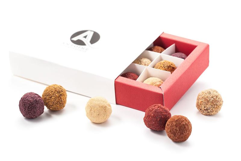 Antoine doosje met 12 truffels