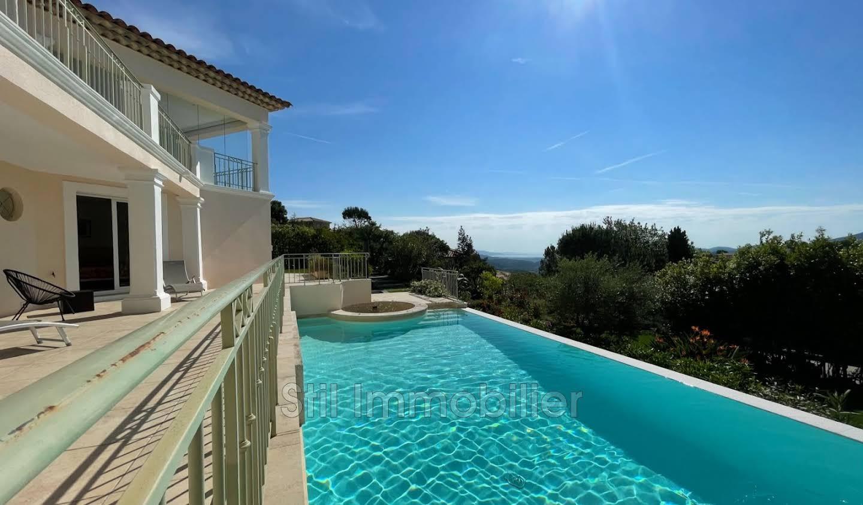 Villa avec piscine et terrasse Les adrets-de-l'esterel