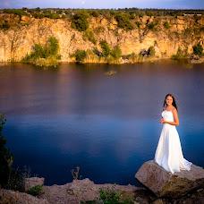Wedding photographer Viktoriya Sklyar (sklyarstudio). Photo of 19.09.2017