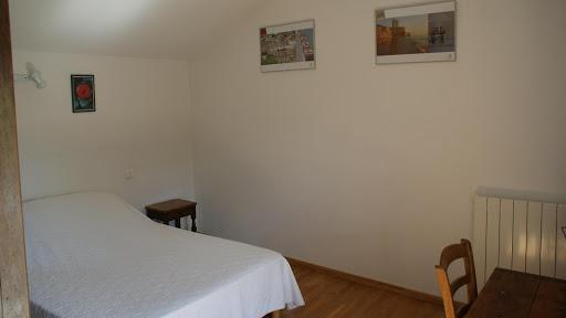 La Fermette gîte 3 étoiles à Surgères près de La Rochelle chambre double à l'étage.